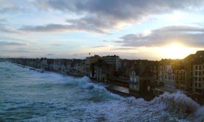 vidéo vague St Malo